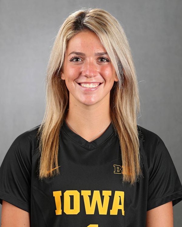 Macy Enneking - Women's Soccer - University of Iowa Athletics
