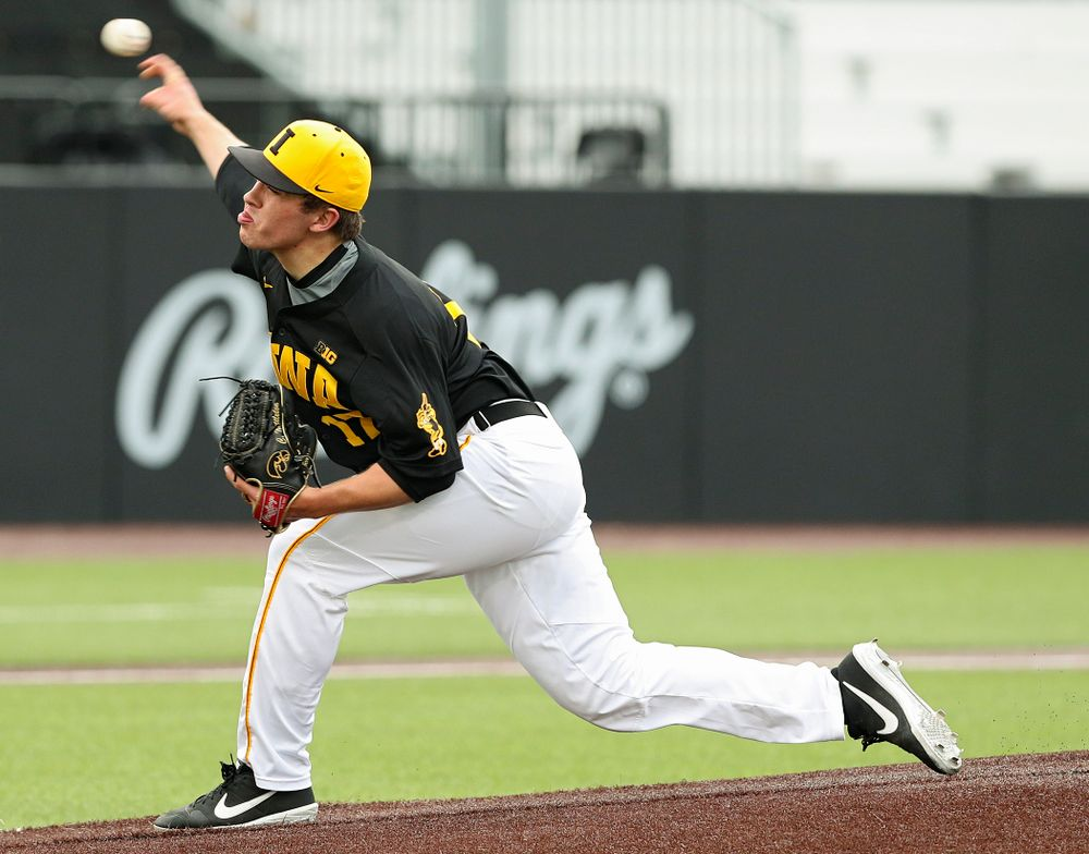 Iowa Hawkeyes pitcher Clayton Nettleton (17) delivers to the plate for a strikeout during the first inning of their game against Western Illinois at Duane Banks Field in Iowa City on Wednesday, May. 1, 2019. (Stephen Mally/hawkeyesports.com)