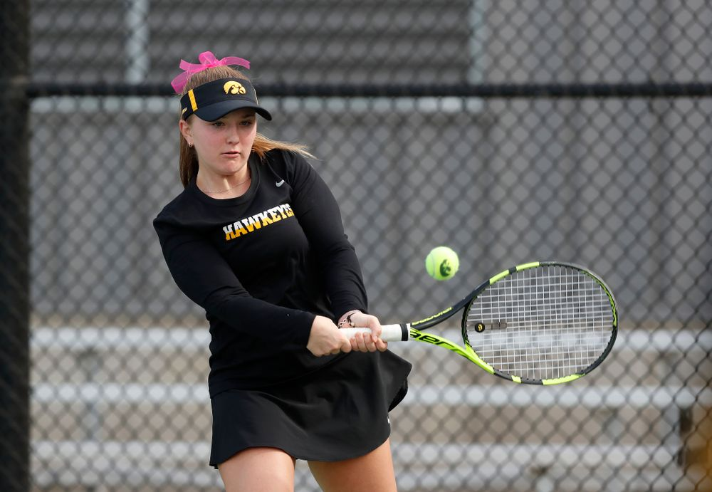 Danielle Burich against Minnesota Friday, April 20, 2018 at the Hawkeye Tennis and Recreation Center. (Brian Ray/hawkeyesports.com)