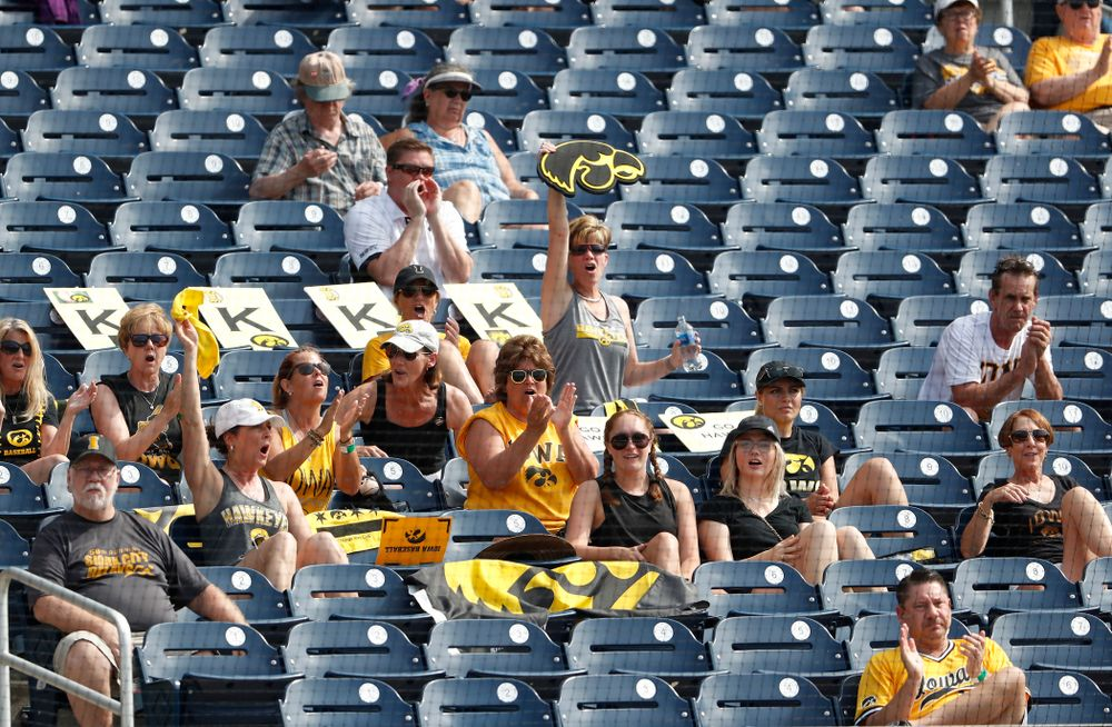 Fans of the Iowa Hawkeyes against the Ohio State Buckeyes in the second round of the Big Ten Baseball Tournament  Thursday, May 24, 2018 at TD Ameritrade Park in Omaha, Neb. (Brian Ray/hawkeyesports.com)
