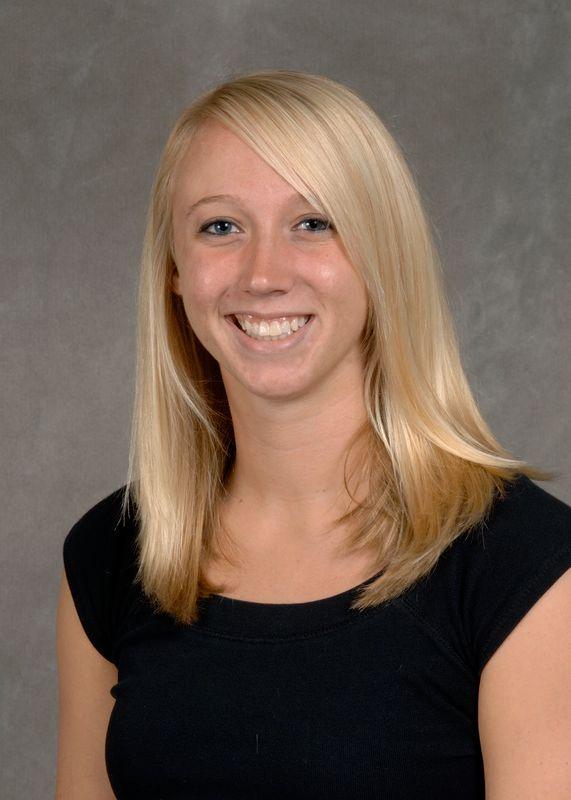 Caitlin Carlyle - Women's Swim & Dive - University of Iowa Athletics
