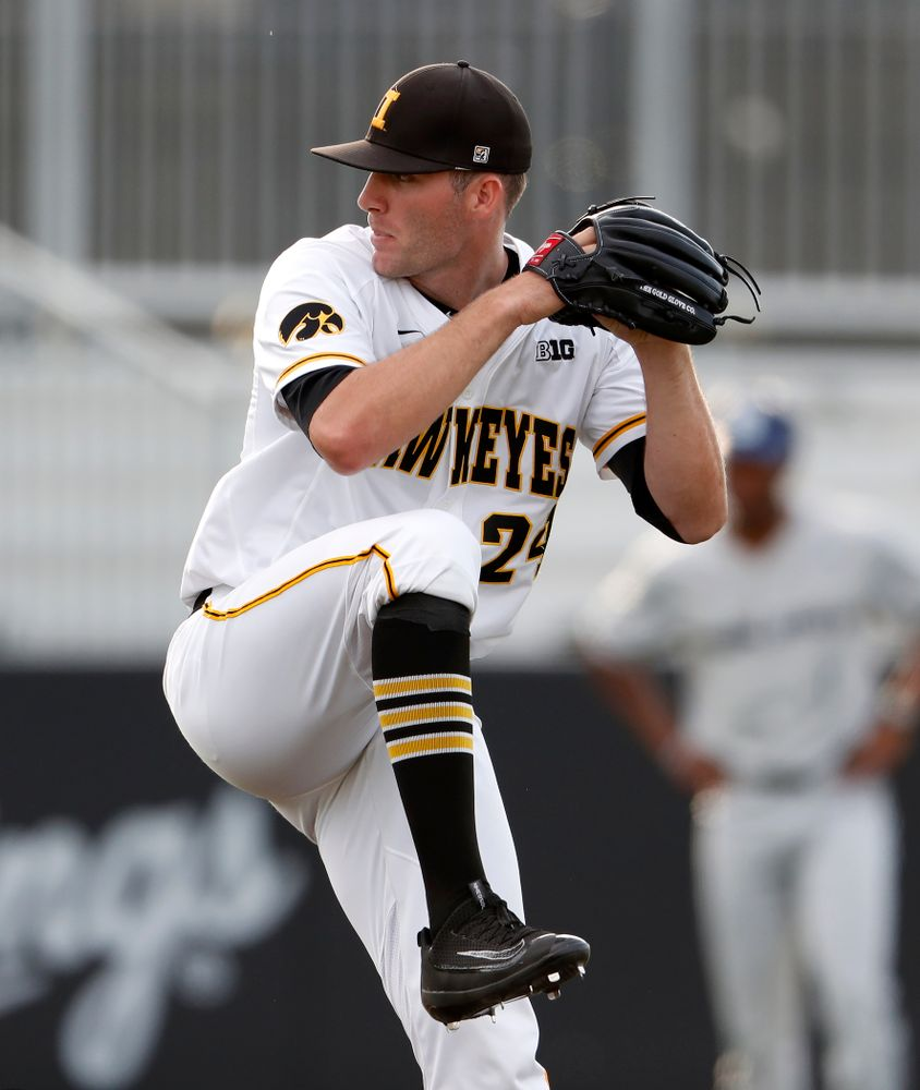 Iowa Hawkeyes pitcher Nick Allgeyer (24) against the Penn State Nittany Lions  Thursday, May 17, 2018 at Duane Banks Field. (Brian Ray/hawkeyesports.com)