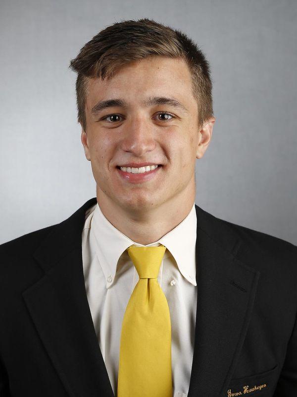 Tristan Bohr - Football - University of Iowa Athletics