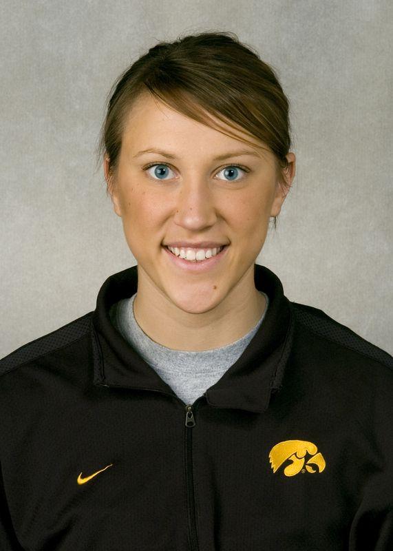 Cierra Nelson - Women's Rowing - University of Iowa Athletics