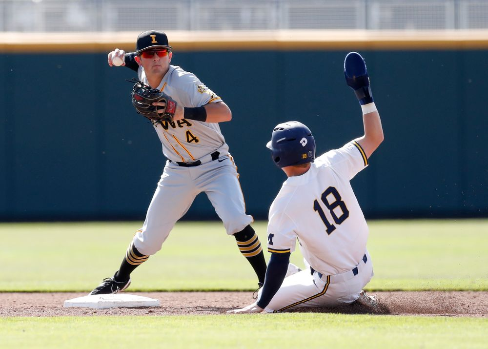 Iowa Hawkeyes infielder Mitchell Boe (4) against the Michigan Wolverines in the first round of the Big Ten Baseball Tournament  Wednesday, May 23, 2018 at TD Ameritrade Park in Omaha, Neb. (Brian Ray/hawkeyesports.com)