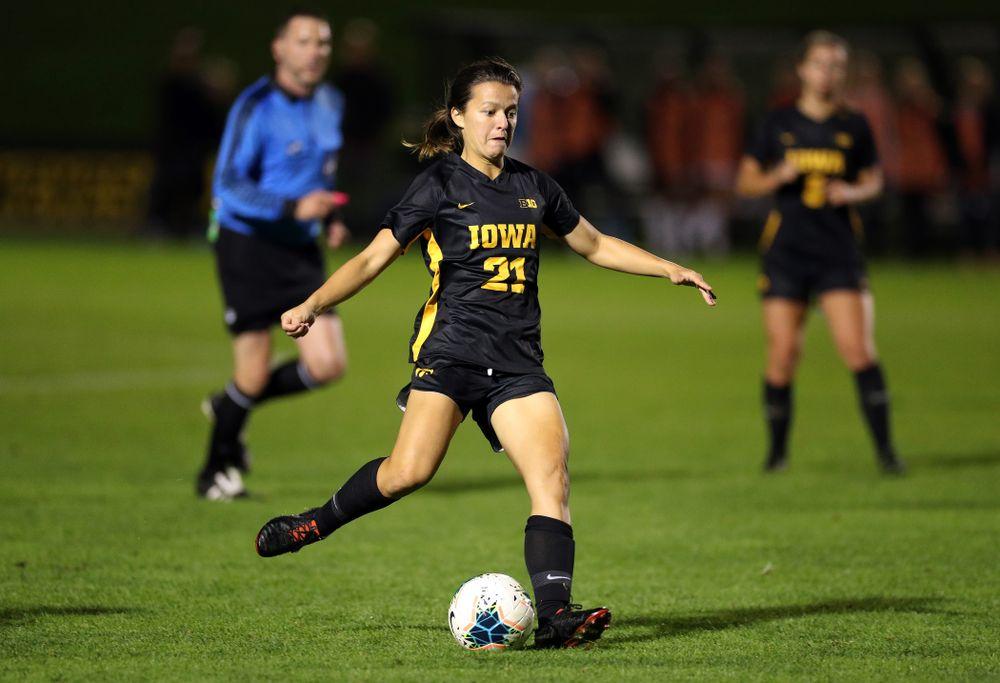 Iowa Hawkeyes forward Emma Tokuyama (21) against the Nebraska Cornhuskers Thursday, October 3, 2019 at the Iowa Soccer Complex. (Brian Ray/hawkeyesports.com)