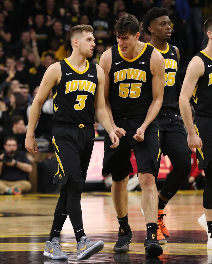 Iowa Hawkeyes guard Jordan Bohannon (3) and forward Luka Garza (55) against the Indiana Hoosiers Friday, February 22, 2019 at Carver-Hawkeye Arena. (Brian Ray/hawkeyesports.com)