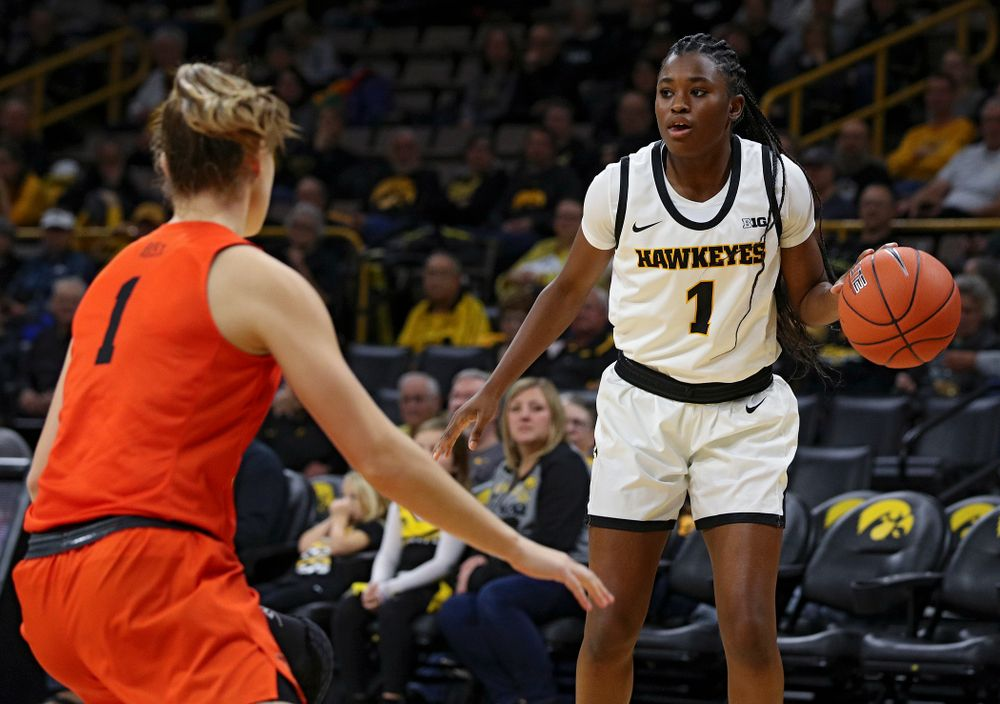 Iowa guard Tomi Taiwo (1) dribbles the ball during the first quarter of their overtime win against Princeton at Carver-Hawkeye Arena in Iowa City on Wednesday, Nov 20, 2019. (Stephen Mally/hawkeyesports.com)