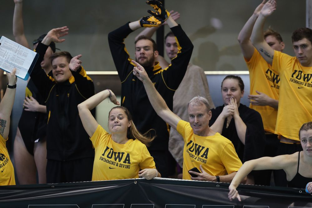 Iowa Hawkeye head coach Marc Long and assistant coach Ashley Dell Thursday, November 15, 2018 during the 2018 Hawkeye Invitational at the Campus Recreation and Wellness Center. (Brian Ray/hawkeyesports.com)