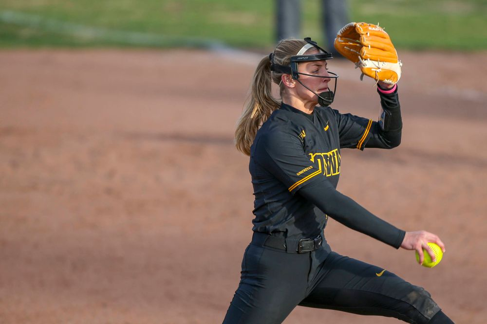 Iowa pitcher Allison Doocy (3) at softball vs Illinois game 3 on Saturday, April 13, 2019 at Bob Pearl Field. (Lily Smith/hawkeyesports.com)
