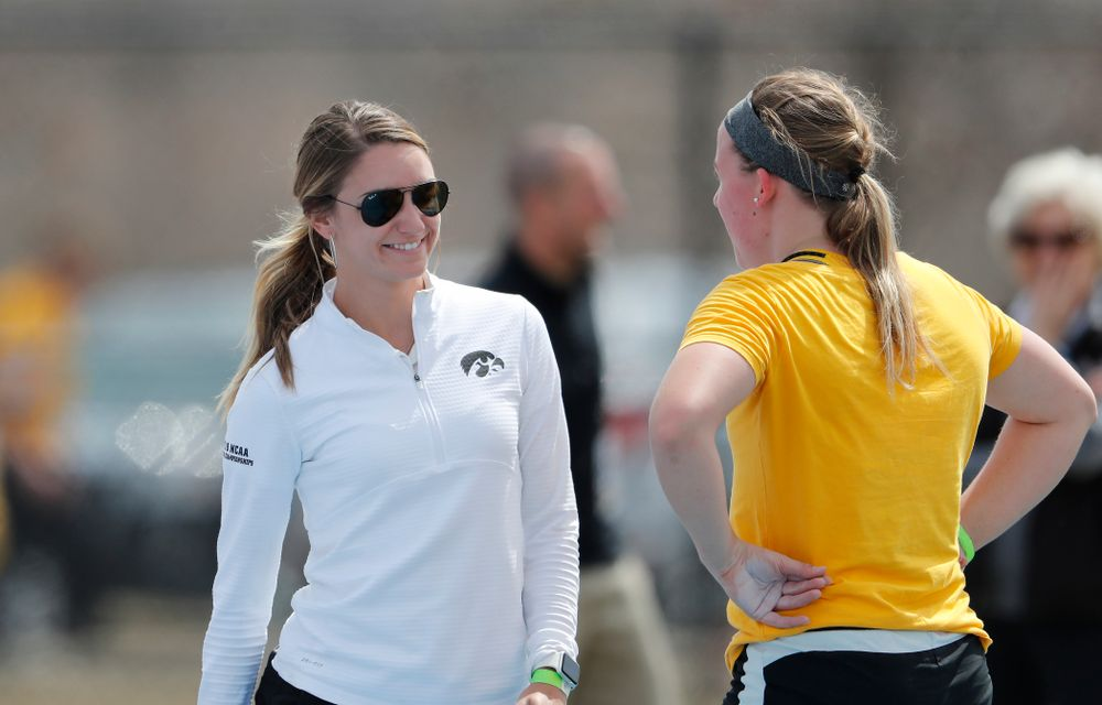Iowa Hawkeyes assistant coach Paige Knodle during the 2018 MUSCO Twilight Invitational  Thursday, April 12, 2018 at the Cretzmeyer Track. (Brian Ray/hawkeyesports.com)