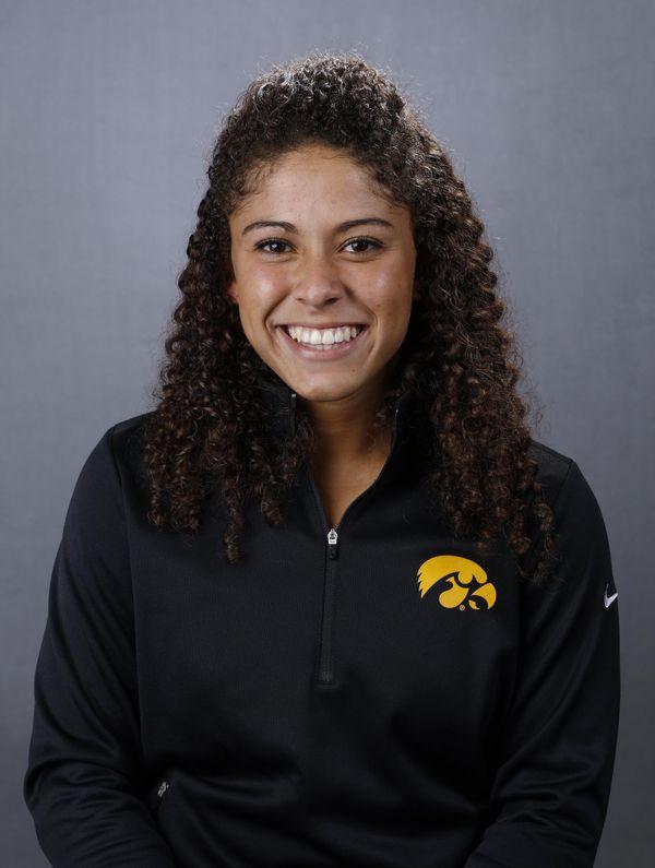 Lea Thompson - Softball - University of Iowa Athletics