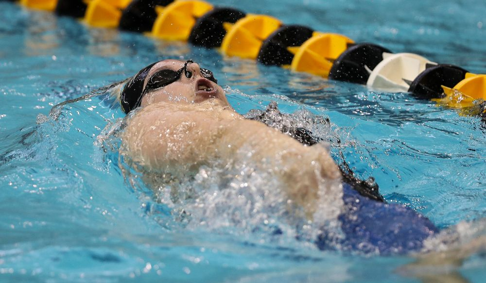 Iowa's Natalie McGovern competes in the 200-yard backstroke during the third day of the Hawkeye Invitational at the Campus Recreation and Wellness Center on November 17, 2018. (Tork Mason/hawkeyesports.com)