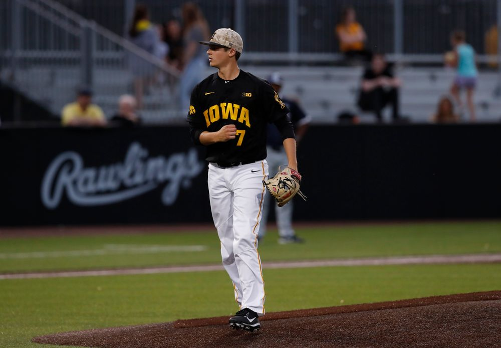 Iowa Hawkeyes pitcher Grant Judkins (7) against the Penn State Nittany Lions Friday, May 18, 2018 at Duane Banks Field. (Brian Ray/hawkeyesports.com)