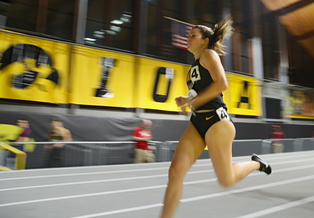 Iowa's Taylor Arco runs the women's 1000 meter run event during the Larry Wieczorek Invitational at the Recreation Building in Iowa City on Friday, January 17, 2020. (Stephen Mally/hawkeyesports.com)