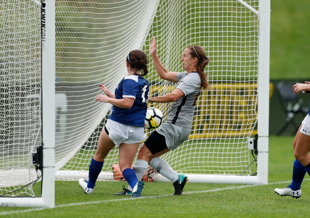 Iowa Hawkeyes Rose Ripslinger (15) against Indiana State Sunday, August 26, 2018 at the Iowa Soccer Complex. (Brian Ray/hawkeyesports.com)