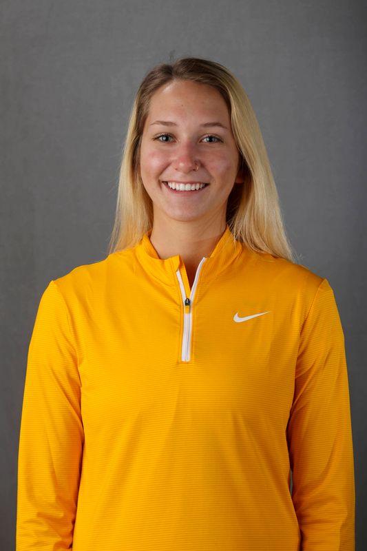 Elena  James - Women's Rowing - University of Iowa Athletics