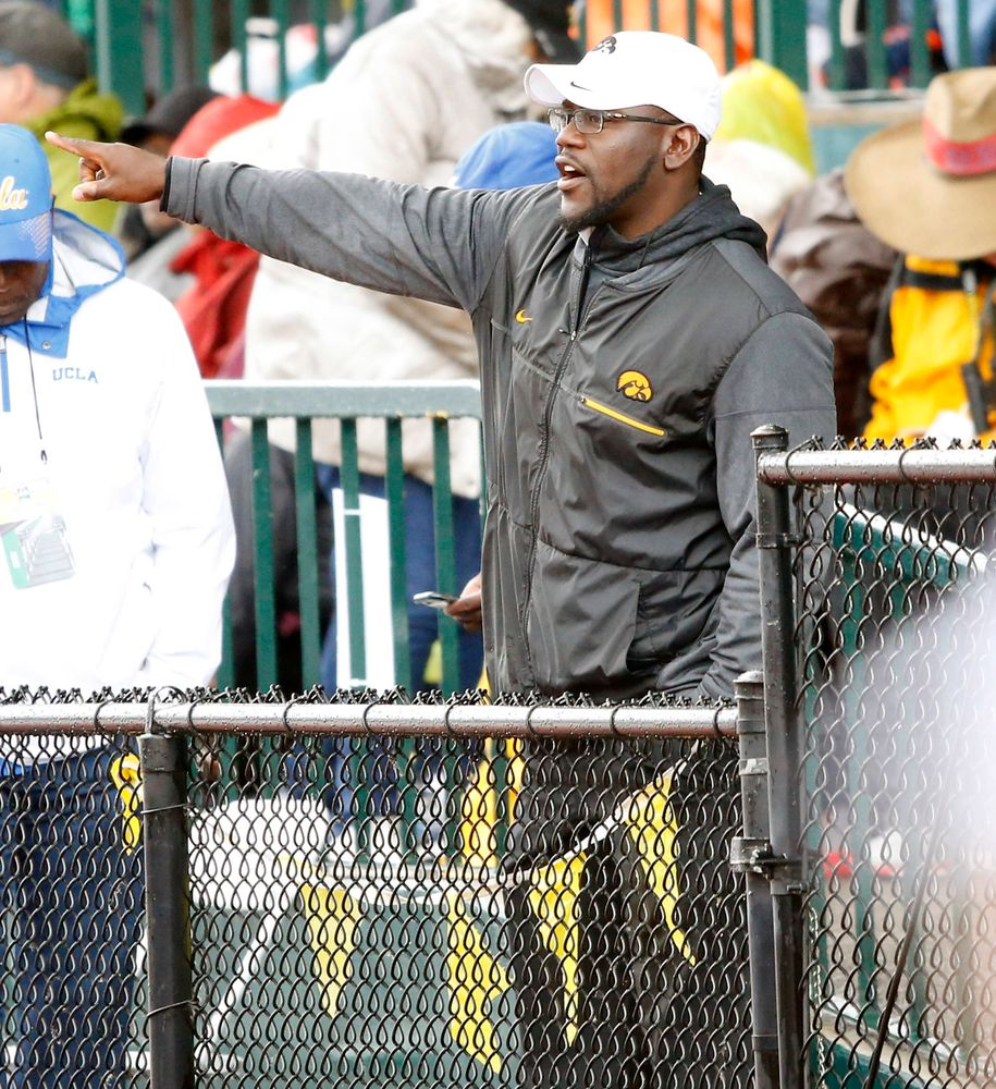 Coach Clive Roberts