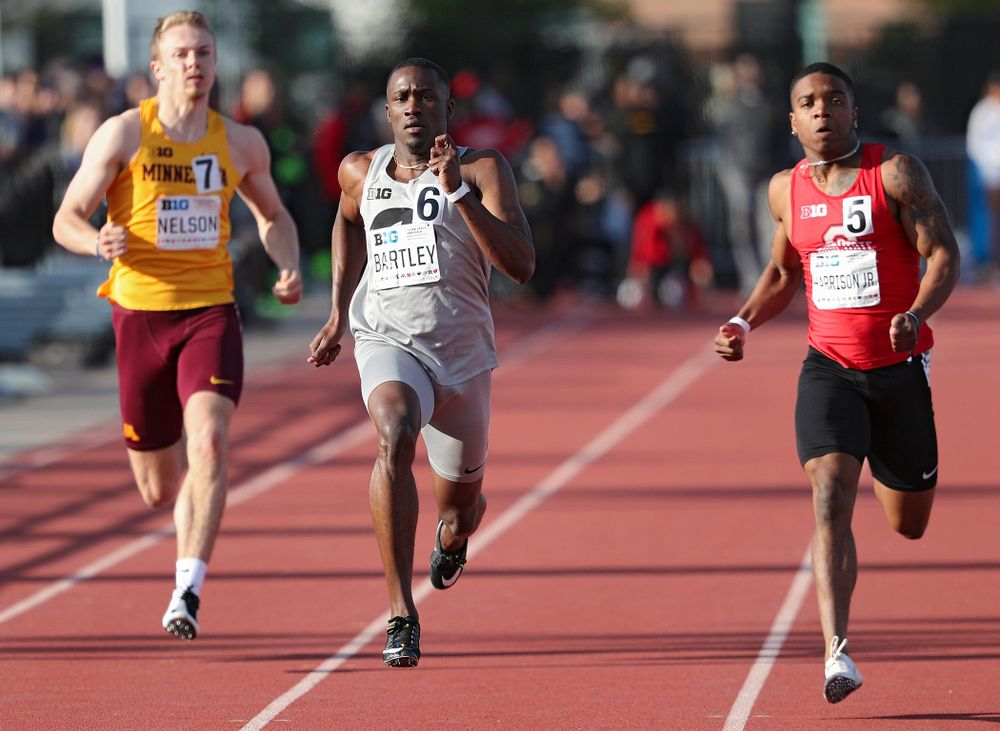 Iowa's AKarayme Bartley runs the men's 200 meter dash event on the first day of the Big Ten Outdoor Track and Field Championships at Francis X. Cretzmeyer Track in Iowa City on Friday, May. 10, 2019. (Stephen Mally/hawkeyesports.com)