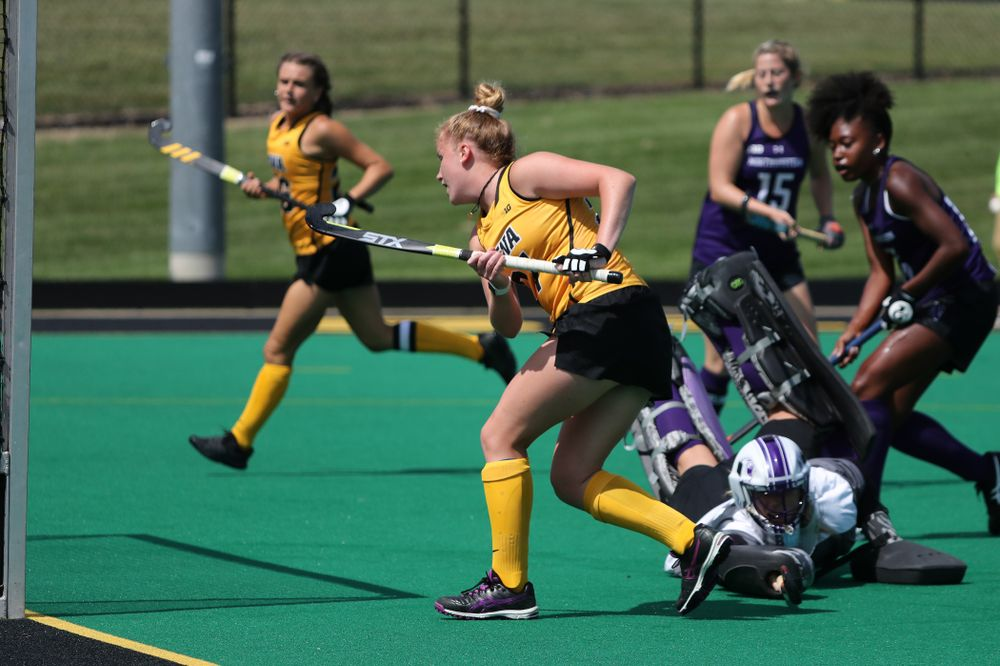 Iowa Hawkeyes Makenna Maguire (21) scores during an exhibition game against Northwestern Saturday, August 24, 2019 at Grant Field. (Brian Ray/hawkeyesports.com)