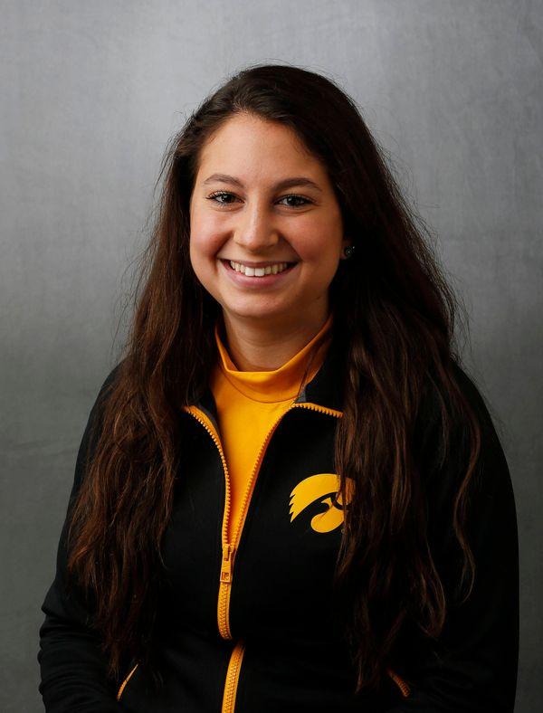 Rachel Chambers - Women's Rowing - University of Iowa Athletics