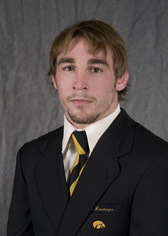 Daniel Dennis - Wrestling - University of Iowa Athletics