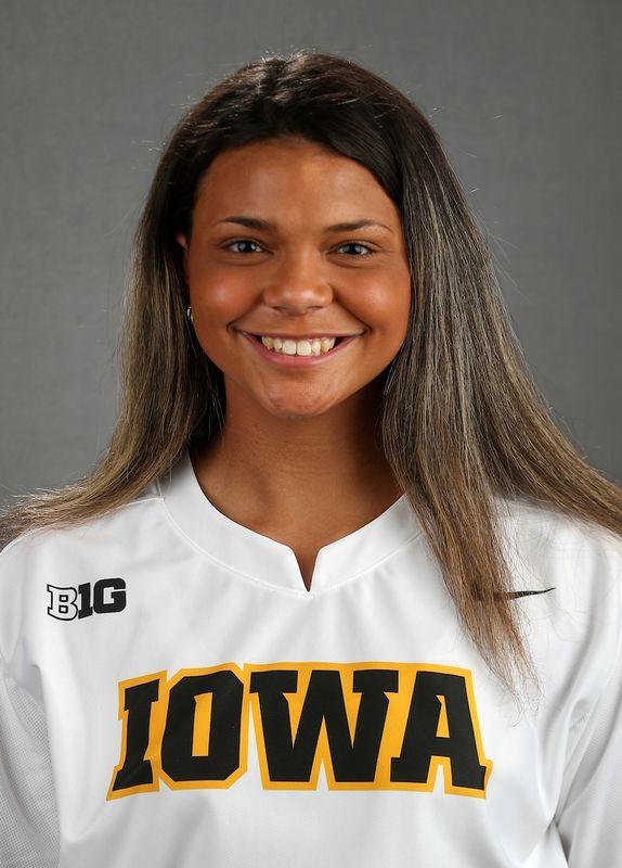 Marissa Peek - Softball - University of Iowa Athletics