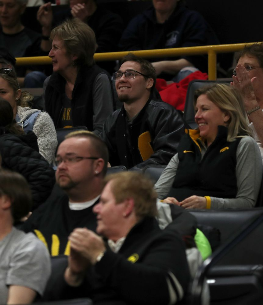 Spencer Lee watches as the Iowa Hawkeyes take on the Minnesota Golden Gophers Thursday, February 27, 2020 at Carver-Hawkeye Arena. (Brian Ray/hawkeyesports.com)