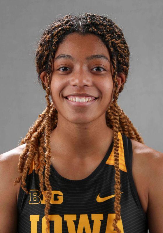 Kayla Hutchins - Women's Track & Field - University of Iowa Athletics