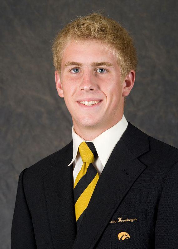 Chase Tomlins - Men's Tennis - University of Iowa Athletics