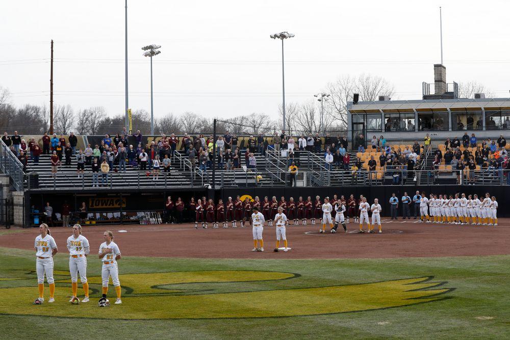 The Iowa Hawkeyes against the Minnesota Golden Gophers  Thursday, April 12, 2018 at Bob Pearl Field. (Brian Ray/hawkeyesports.com)