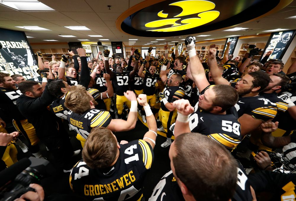 """The Iowa Hawkeyes sing the """"Fight Song"""" following their game against the Maryland Terrapins Saturday, October 20, 2018 at Kinnick Stadium (Brian Ray/hawkeyesports.com)"""