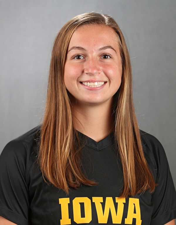 Riley Whitaker - Women's Soccer - University of Iowa Athletics