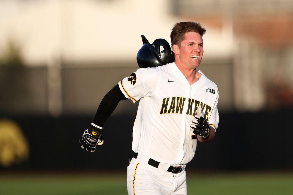 Iowa Hawkeyes infielder Matt Hoeg (3) against the Michigan Wolverines Friday, April 27, 2018 at Duane Banks Field in Iowa City. (Brian Ray/hawkeyesports.com)