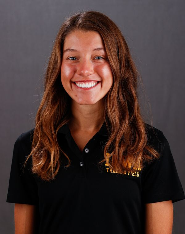 Lauren  McMahon - Women's Cross Country - University of Iowa Athletics