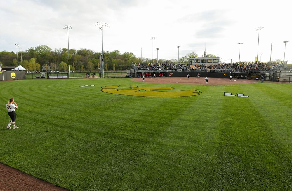 The Hawkeyes field during the fourth inning of their game against Ohio State at Pearl Field in Iowa City on Friday, May. 3, 2019. (Stephen Mally/hawkeyesports.com)