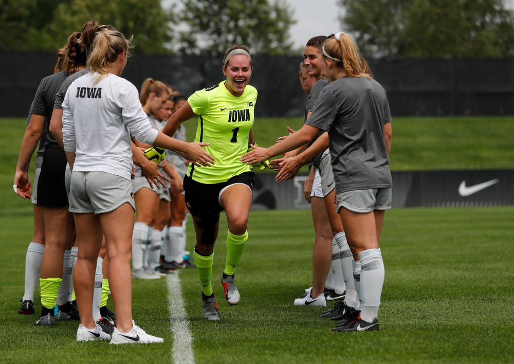 Iowa Hawkeyes Claire Graves (1) against Indiana State Sunday, August 26, 2018 at the Iowa Soccer Complex. (Brian Ray/hawkeyesports.com)