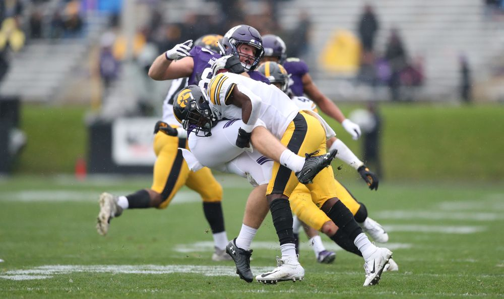 Iowa Hawkeyes defensive back Matt Hankins (8) against the Northwestern Wildcats Saturday, September 28, 2019 at Kinnick Stadium. (Max Allen/hawkeyesports.com)