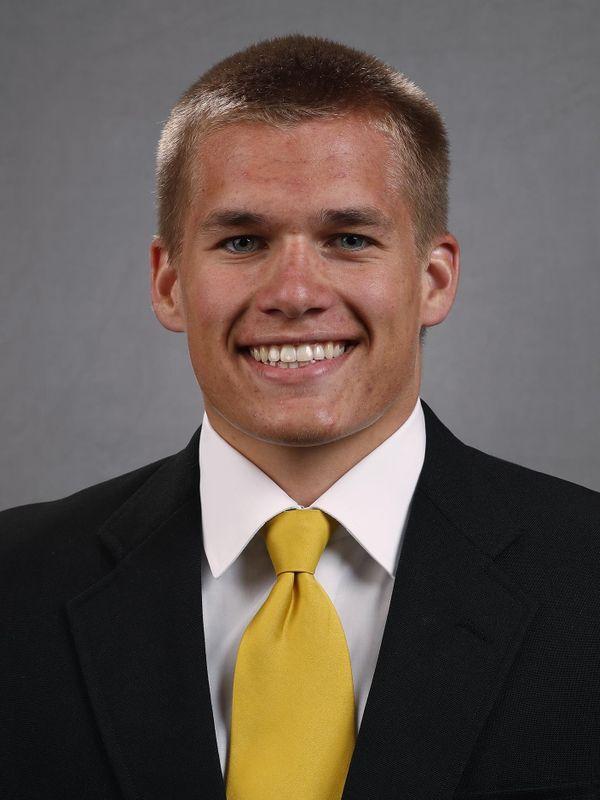 Seth Benson - Football - University of Iowa Athletics