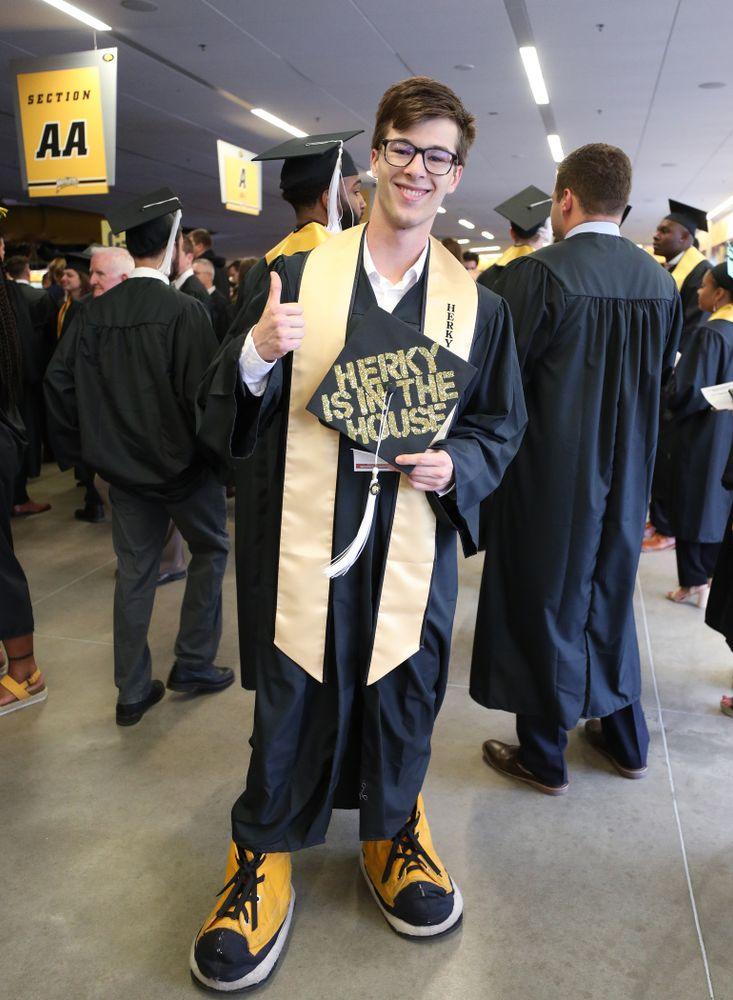 Iowa Spirit SquadÕs Alex Kern during the College of Liberal Arts and Sciences spring commencement Saturday, May 11, 2019 at Carver-Hawkeye Arena. (Brian Ray/hawkeyesports.com)