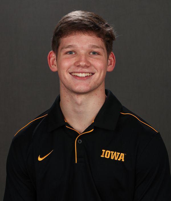 Stewart  Brown - Men's Gymnastics - University of Iowa Athletics