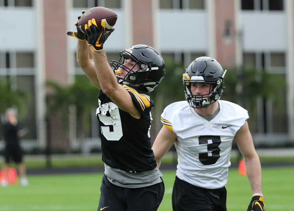 Iowa Hawkeyes wide receiver Nico Ragaini (89) during the team's first Outback Bowl Practice in Florida Thursday, December 27, 2018 at Tampa University. (Brian Ray/hawkeyesports.com)