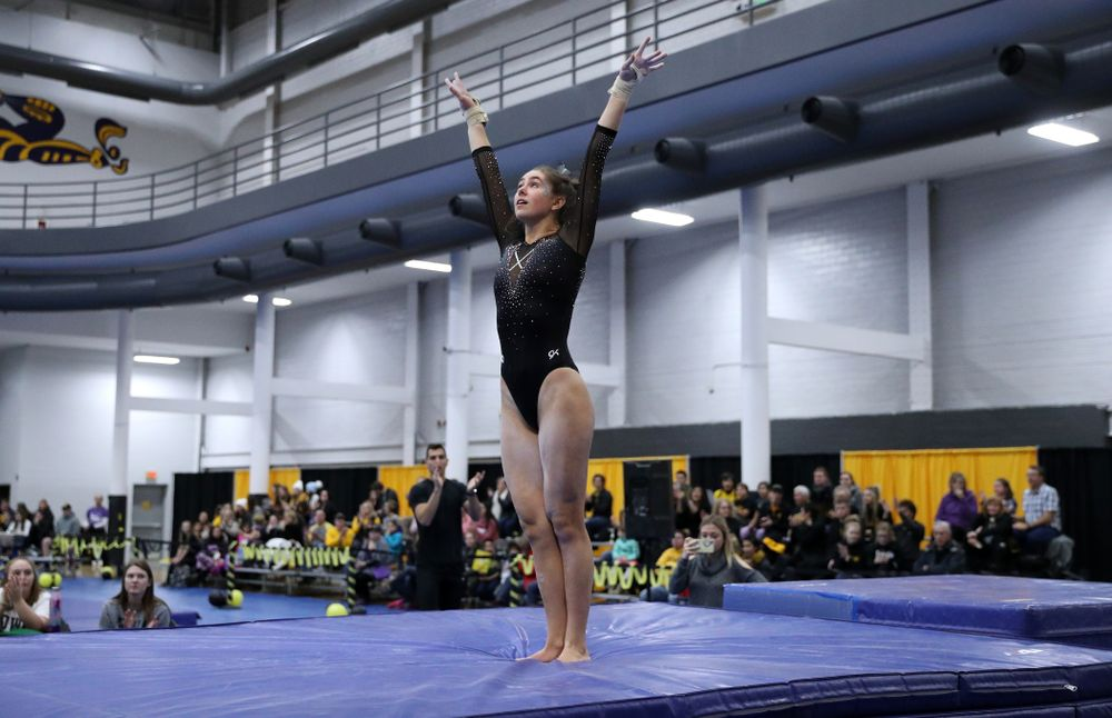 Bridget Killian competes on the vault during the Black and Gold intrasquad meet Saturday, December 1, 2018 at the University of Iowa Field House. (Brian Ray/hawkeyesports.com)