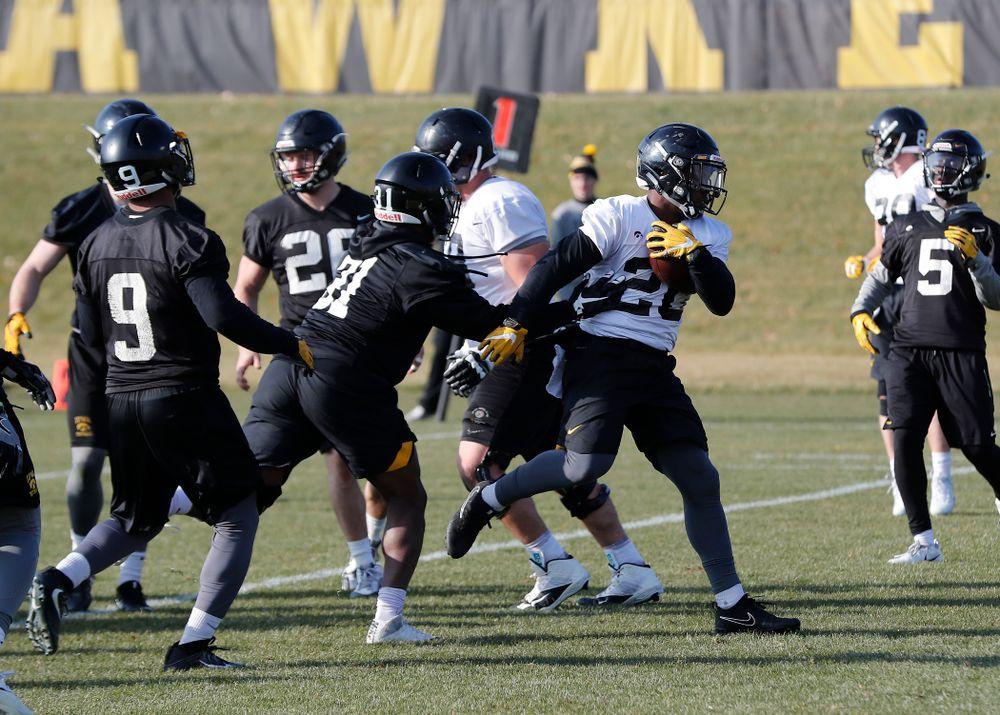Iowa Hawkeyes running back James Butler (20)