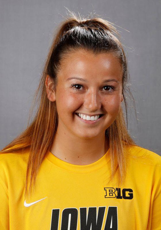 Elizabeth Stam - Women's Soccer - University of Iowa Athletics