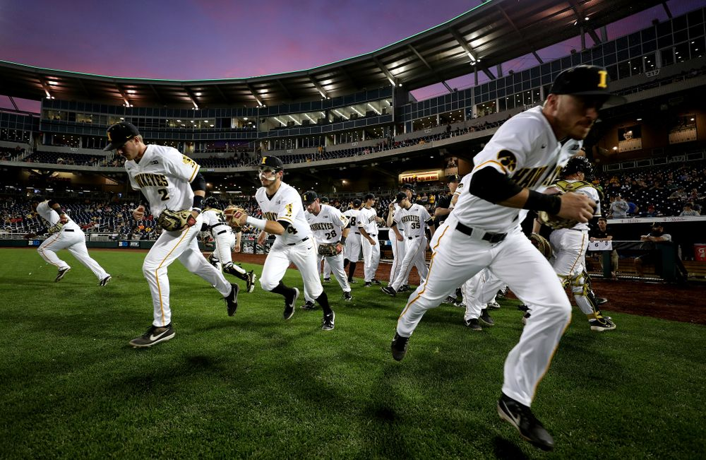 The Iowa Hawkeyes against the Minnesota Golden Gophers in the  Big Ten Baseball Tournament Friday, May 24, 2019 at TD Ameritrade Park in Omaha, Neb. (Brian Ray/hawkeyesports.com)