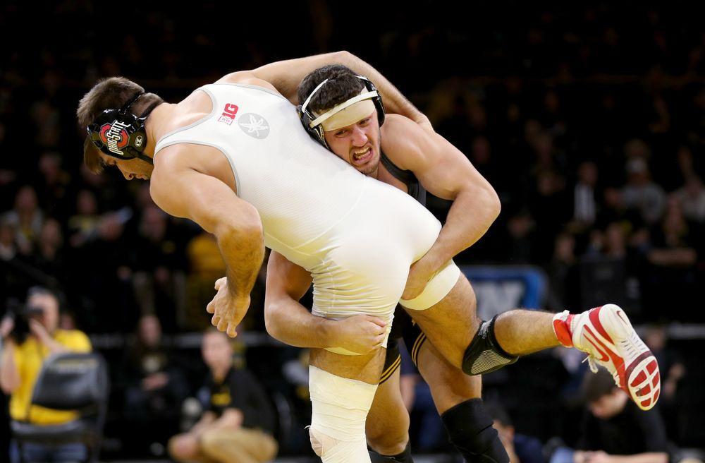 Iowa's Michael Kemerer wrestles Ohio State's Kaleb Romero at 174 pounds Friday, January 24, 2020 at Carver-Hawkeye Arena. Kemerer won the match 7-1. (Brian Ray/hawkeyesports.com)
