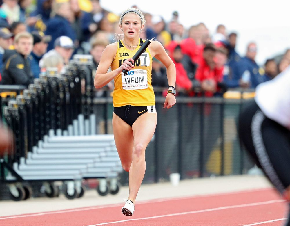Iowa's Aly Weum runs her section of the women's 1600 meter relay event on the third day of the Big Ten Outdoor Track and Field Championships at Francis X. Cretzmeyer Track in Iowa City on Sunday, May. 12, 2019. (Stephen Mally/hawkeyesports.com)