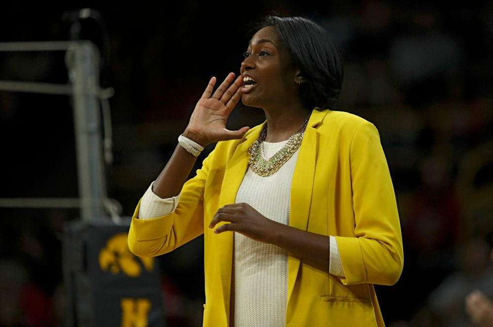 Iowa head coach Vicki Brown shouts to her team during the first set of their match against Nebraska at Carver-Hawkeye Arena in Iowa City on Saturday, Nov 9, 2019. (Stephen Mally/hawkeyesports.com)