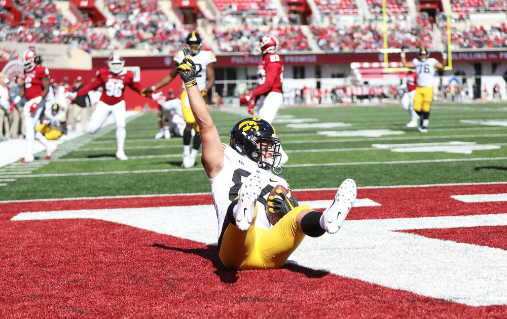 Iowa Hawkeyes wide receiver Nick Easley (84) against the Indiana Hoosiers Saturday, October 13, 2018 at Memorial Stadium, in Bloomington, Ind. (Max Allen/hawkeyesports.com)